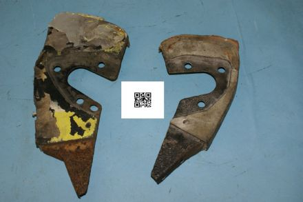 1963-1967 Corvette C2 Pair of Inner & Outer Headlight to Body Support Brackets, Used Poor